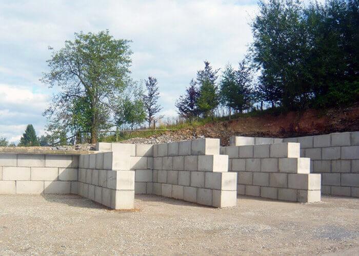Box de stockage en blocs béton empilable